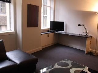 CLD01 - Cosy Apartment Situated in Sydney's CBD