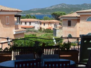 villetta a Cannigione vicino al mare, Baia Sardinia