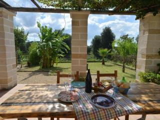 Italian Villa set amongst the olive groves, Cutrofiano