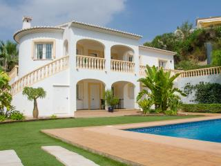 Casa Sonrisa-A quality villa by ResortSelector, Calpe