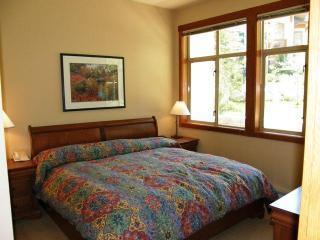 Powderhorn Lodge #107, Solitude