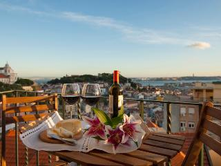 Best View of Lisbon III @ Senhora do Monte View Point, Lisboa