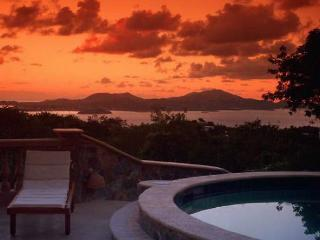 5 bedroom luxury, economy, best views & location!, Cruz Bay