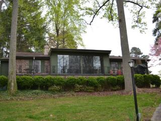 Thompson Lake House