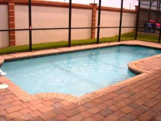 443SPL. Beautiful 3 Bedroom 2 Bath Pool Home in a Gated Community