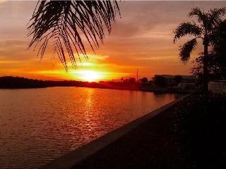 Beach, Luxury waterfront 2b.2.5b 3261,Tampa Bay