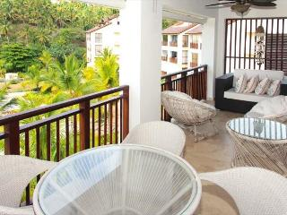 Beautiful Penthouse over looking the samana bay