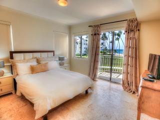 Beachfront Glamour 3 Bedroom Apartment T-I202