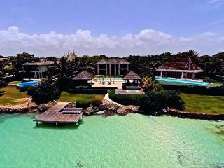 Ocean Front 5 BDR Villa - Marina 2, Punta Cana