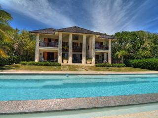 Ocean Front 5 BDR Villa