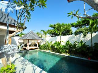 Amazing 3BR Villa In Prime Location, Seminyak