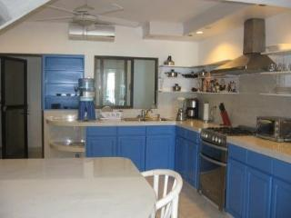Beachfront Villa 3 Bedroom in Cancun with Pool!