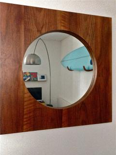 Mirror living room... Miroir et surf sans salon.