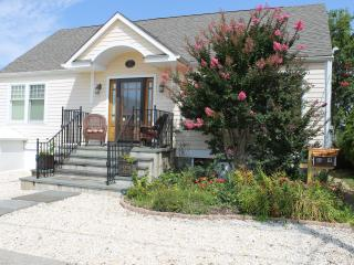 Walk to Beach, Bay & Bdwalk-3 bedrm Private Home, Seaside Park