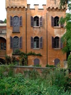 ITALIAN CASTLE IN THE FABOULOUS R. PAGE GARDEN