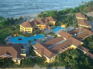 Beautiful 4BR Villa Inside Palma Real Beach Resort, La Ceiba