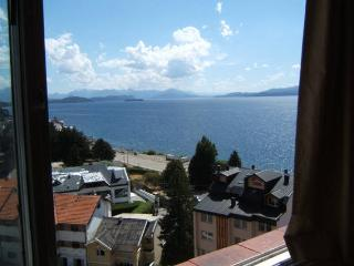 AT BARILOCHE CENTER, LAKE VIEW, San Carlos de Bariloche