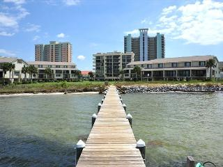 Open dates $119/nt!  2bd townhouse; beautiful views of Santa Rosa Sound!, Pensacola Beach