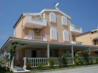 Kusadasi 4 bed Villa Melissa 500m from the sea