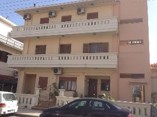 luxury whole floor flat walking distance from town center and town beach, Oichalia