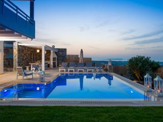 Villa Greece with privat Pool and sea view, Chersonissos