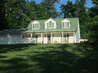 Beautiful home on Lake Cumberland, Monticello