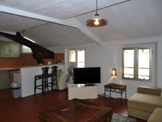 Rue d'Antibes 106 Superb 3 Bedroom Apartment in Cannes