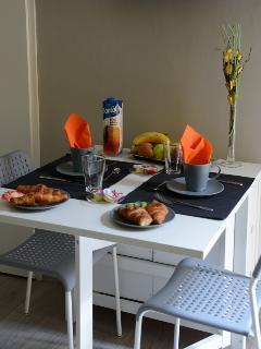 Living - Utilizza la cucina per prepararti la colazione e la cena