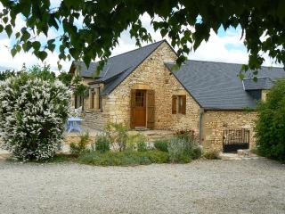 Big rental for 15 persons  in Dordogne .