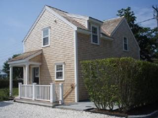82A Pleasant Street, Nantucket