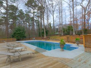 WOW Stunning 4 BDR  with Swimming Pool