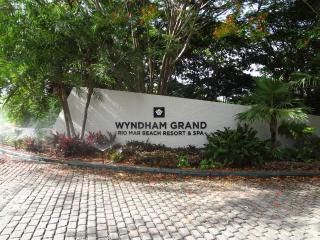 Beach villa for rent at rio mar (Wyndham Resort Rio Mar)