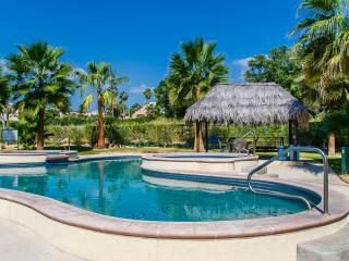 Club La Costa Condo (Car available & soaker tub)