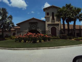 Immaculate Condo Exceptional Golf/Tennis Community, Bradenton