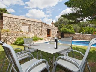 VILLA SON PELAI IN LLOSETA -UP TO 20 PEOPLE-, Lloseta