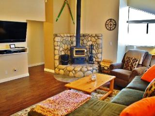 Renovated Luxury 2nd Floor - #330, Mammoth Lakes