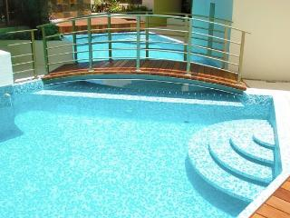 HAAB 2 Bedroom/2 Bath condo with pool!, Playa del Carmen