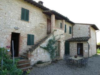 appartamenti in un tipico casale toscano