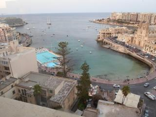 Highly finished 1 bedroom apartment in St Julians., Saint Julian's