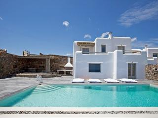 Ianthe I villa-Elegant 3 level Villa with pool, Kalafatis