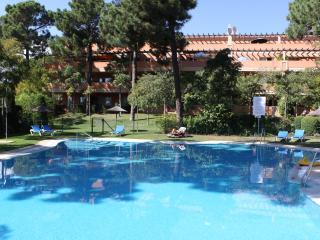 Large 3 bed apartment in Elviria, marbella