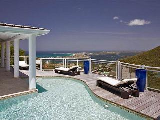 Horizon: perfect 3 bedroom villa in Almond Grove|Island Properties, St. Martin/St. Maarten
