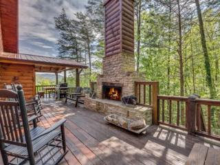 North Georgia Mountain Vacation Rental With Gorgeous Views, Ellijay