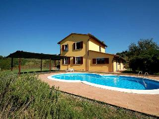 Deatched villa with private pool 35 km from Pisa and sea. Air conditioning, Wifi