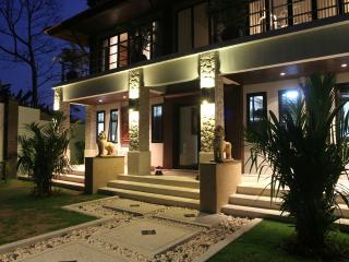 Kalimat 4 - Stunning Thai Style 4Bed in North Patong