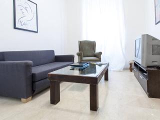 [25] Bonito y amplio apartamento con wifi Alameda, Sevilla