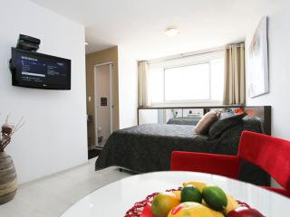 Studio Flat next to AV. Paulista