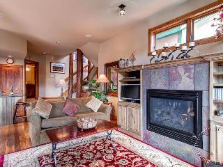 The Woods Townhomes 125 by Ski Country Resorts, Breckenridge