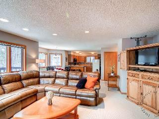 Woods Manor 304A by Ski Country Resorts, Breckenridge