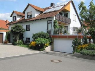 Vacation Apartment in Zapfendorf - relaxed feel, beautiful backyard (# 1129)
